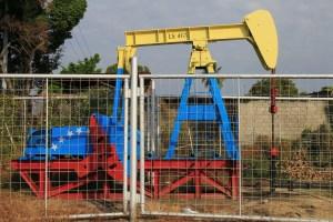 Ecoanalítica prevé que exportaciones petroleras de Venezuela caerán a 380.000 b/d