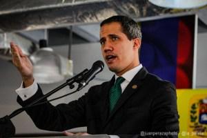 """Juan Guaidó felicitó al presidente Luis Abinader y a los dominicanos por """"el triunfo de la democracia"""""""