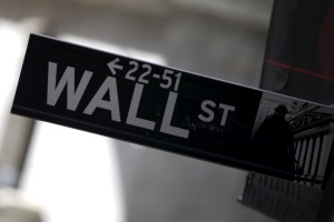 Wall Street cierra verde y el Dow Jones sube un 1,29 % en sesión de rebote