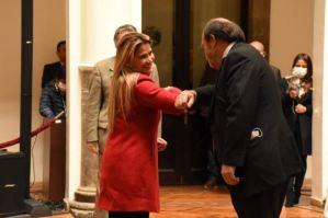 Áñez reemplazó al ministro de Salud de Bolivia en plena crisis por el coronavirus