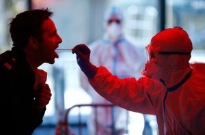 La razón por la que se pierde el olfato y el gusto por el coronavirus