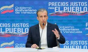 """Cinismo: El Aissami dijo que el primer día de aumento y privatización de la gasolina fue """"exitoso"""""""