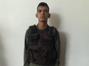 Detuvieron a un sargento de la GNB por cobrar dólares para llenar bidones de gasoil