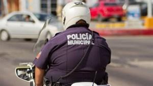 México manda a su personal policial con sobrepeso a casa para evitar males