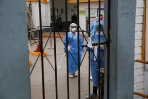 Los hospitales en Perú están al borde del colapso por aumento en casos de coronavirus