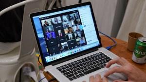 Zoom burn-out: La fatiga causada por las videollamadas es el síndrome del momento