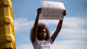Las protestas por la muerte de George Floyd se vuelven mortales en Minneapolis