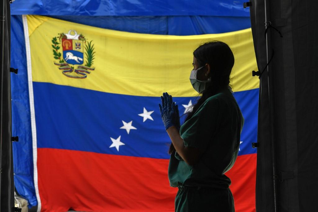 Día de Independencia sombrío: Maduro reporta cifra récord de contagios por coronavirus