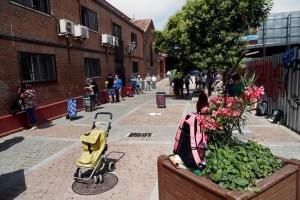 Madrid prohíbe reuniones entre medianoche y 6 de la mañana frente al coronavirus