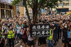 China advierte a Canadá que puede responder a sus sanciones por ley sobre Hong Kong
