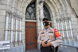 Más de 1.300 casos de coronavirus en una escuela militar en Indonesia