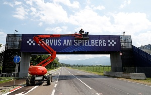 Ausencia de aficionados y vacas pastando marcan la previa del Gran Premio de Austria de F1
