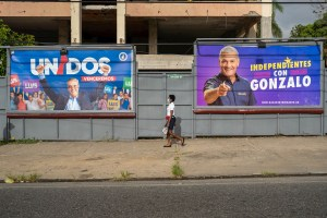Abren las mesas electorales para elegir presidente en República Dominicana