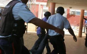 Esbirros del régimen en Cariaco hostigan a los ciudadanos durante la cuarentena, denuncia ONG