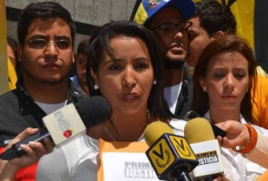 Diputada Castro de Forero exigió libertad de presos políticos