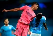 Los insólitos errores de Raphael Varane que facilitaron la clasificación del Manchester City (Videos)