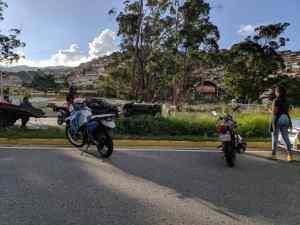 Reportan accidente en la autopista Francisco Fajardo a la altura de Antímano este #20Abr (Fotos)
