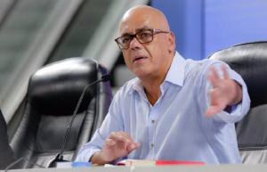 """Jorge Rodríguez y su frágil promesa de no instalar """"puntos rojos"""" durante el show electoral"""