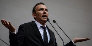 Carlos Lozano: Al cerrar General Motors, el régimen arruinó el principal generador de empleos en Carabobo