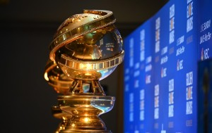 Globos de Oro arrancan temporada de premios de Hollywood en era pandémica