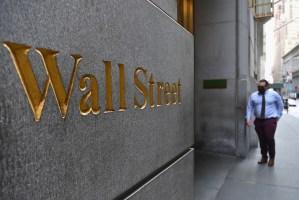 Wall Street terminó en positivo una semana de volatilidad