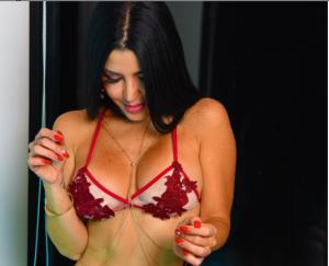 """¡Lo mejor que verás hoy! Las explosivas fotos de Jimena Araya """"Rosita"""" en bikini"""