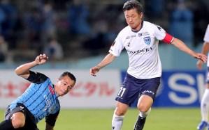 """Los """"abuelos futbolistas"""" marcan el paso en la liga japonesa"""