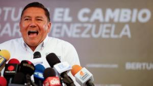 El Evangelio cambia, pero los memes no perdonan: Así reaccionó Twitter a la deportación de Javier Bertucci