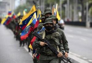 Régimen de Maduro inicia ejercicios militares en aniversario de la muerte de Chávez (FOTOS)