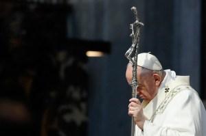"""El papa Francisco pide el cese de la """"inaceptable"""" violencia entre Israel y Palestina"""