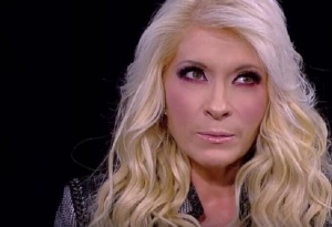 La cantante Yuri se vio obligada a usar pañal por secuelas del coronavirus