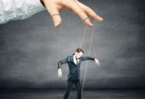 """Por qué el """"micromanagement"""" va en contra de la agilidad en el mundo laboral"""