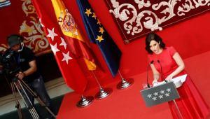 Díaz Ayuso tomó posesión en Madrid con un reconocimiento al Rey: Madrid, España y Monarquía son inseparables
