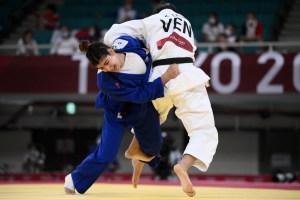 Judoca venezolana Karen León se despidió de Tokio tras derrota ante Patricia Sampaio