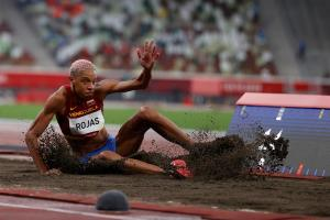 EN VIDEO: El salto de Yulimar Rojas que la dejó a un escalón del oro olímpico para Venezuela