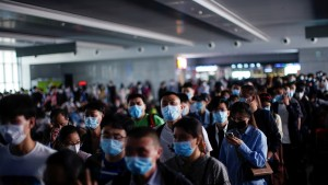 Científicos chinos descartan el origen artificial del coronavirus