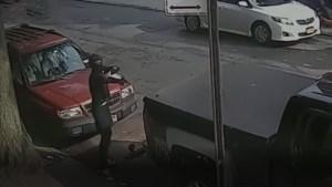 Enmascarado abrió fuego en una intersección de Nueva York a plena luz del día (VIDEO)