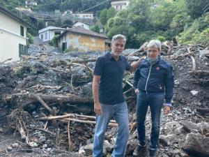 George Clooney quedó atrapado en las devastadoras inundaciones que azotaron el norte de Italia (VIDEO)