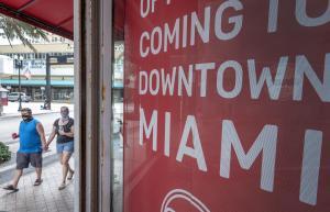 En Miami imponen nuevamente el uso de mascarillas ante repunte del covid-19