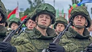 Lukashenko, dispuesto a invitar tropas rusas a Bielorrusia en caso que exista un grave riesgo para la seguridad nacional