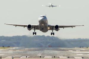 Advierten que el combustible se está agotando en algunos aeropuertos de EEUU