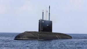 """El submarino de ataque ruso """"Magadán"""" termina sus pruebas de navegación"""