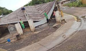 Fuertes lluvias en Zulia provocaron caos en la Cañada de Urdaneta (Imágenes)