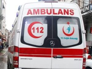 Al menos tres muertos y 16 heridos tras volcarse autobús en Turquía