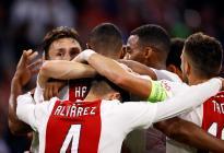 Ajax doblegó a Besiktas y se colocó como líder de su grupo en Champions