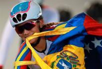 Venezolana Llibeth Chacón ganó la etapa de la Vuelta a Colombia y es la primera líder