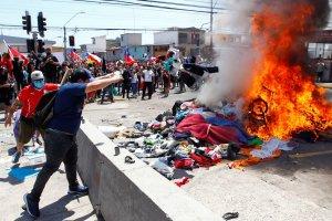 Luego de los ataques xenófobos, inician campañas solidarias en Chile para ayudar a los exiliados venezolanos