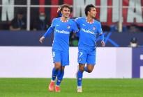 Griezmann y Suárez salvaron al Atlético ante un Milan diezmado