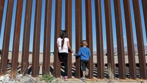 Se incrementa el número de casos de menores abandonados en la frontera de EEUU (VIDEO)