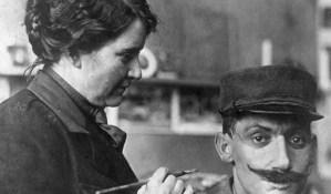 Anna Coleman, artista que reconstruyó las caras desfiguradas de los soldados de la Primera Guerra Mundial